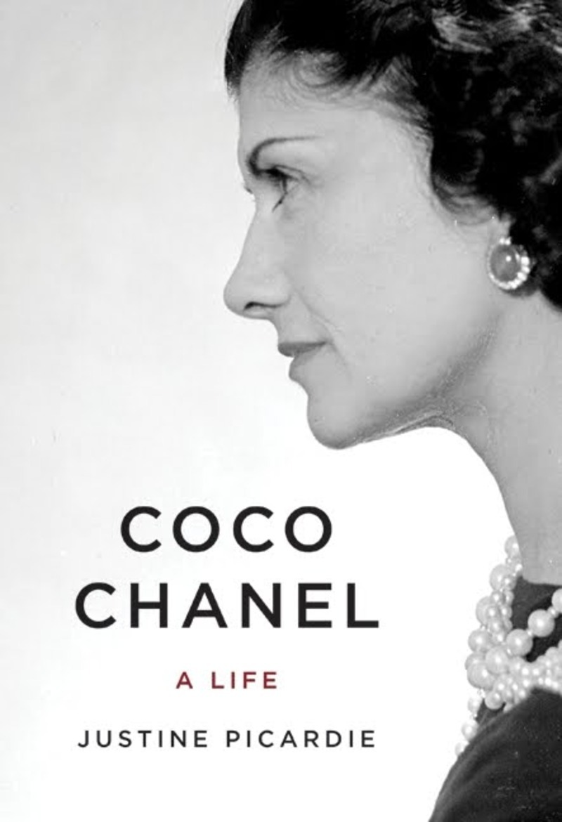 """coco chanel dating Coco chanel coco chanel was a traitor and a nazi spy who shared kate moss describes how johnny depp """"swept"""" her away to the ritz in paris when they were dating."""